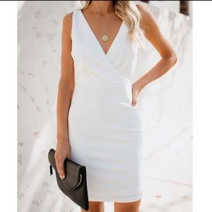 White bodycon dress